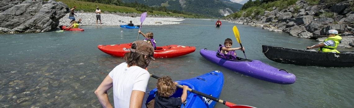 Kanu fahren Rhein Trübbach-min